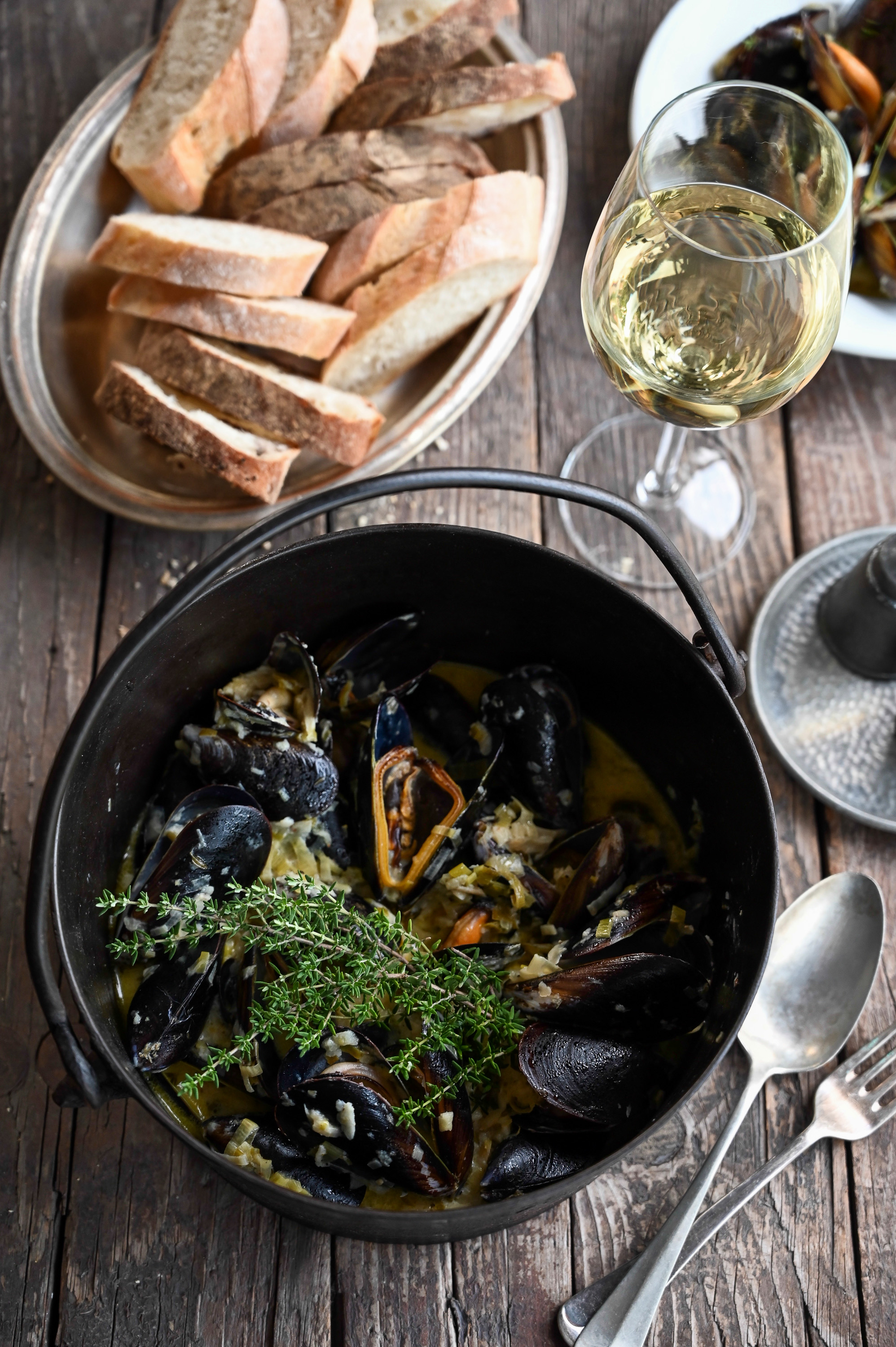 MUSSELS WITH PARSNIP AND PARMESAN