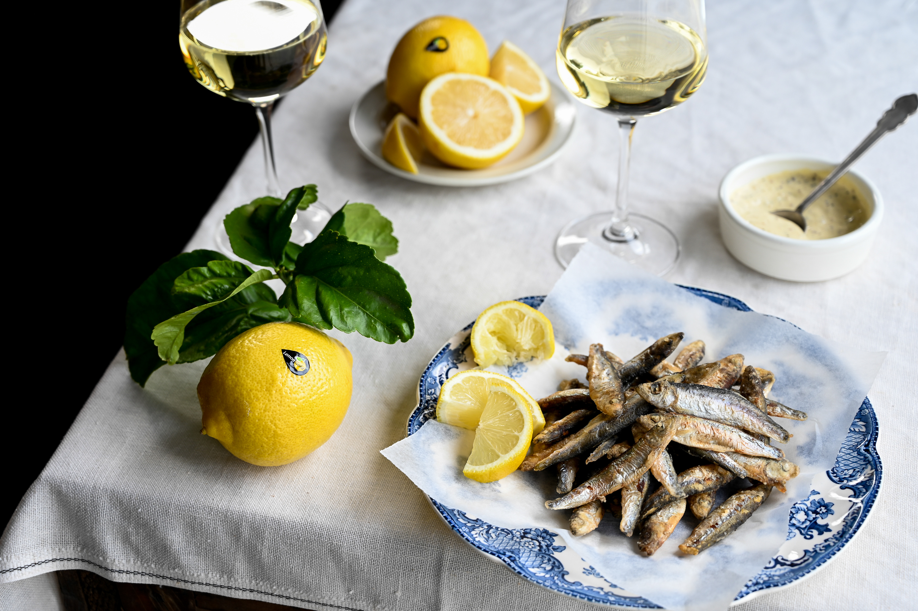 WHITEBAIT WITH LEMONGOLD AIOLI