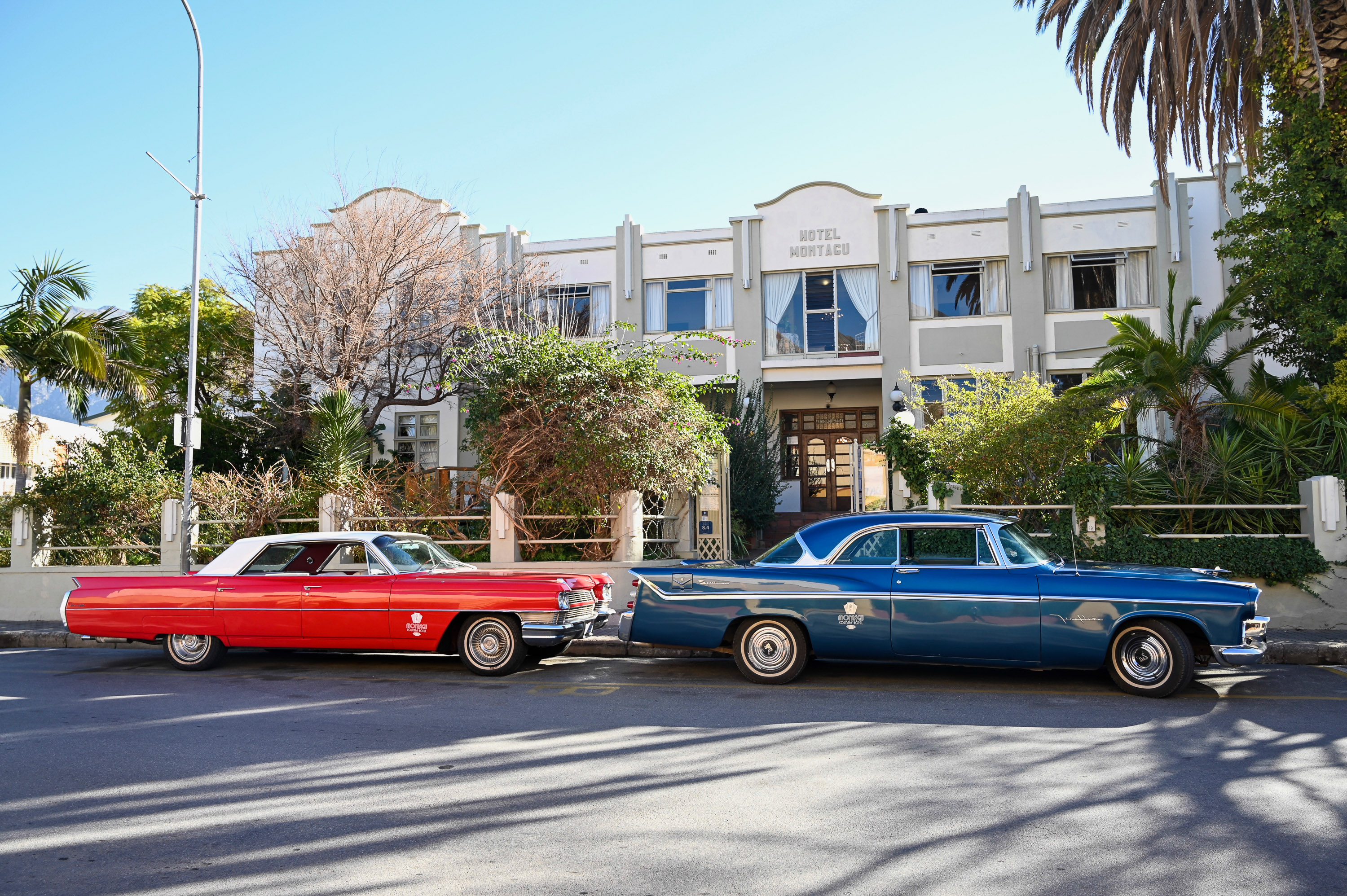 THE MONTAGU COUNTRY HOTEL