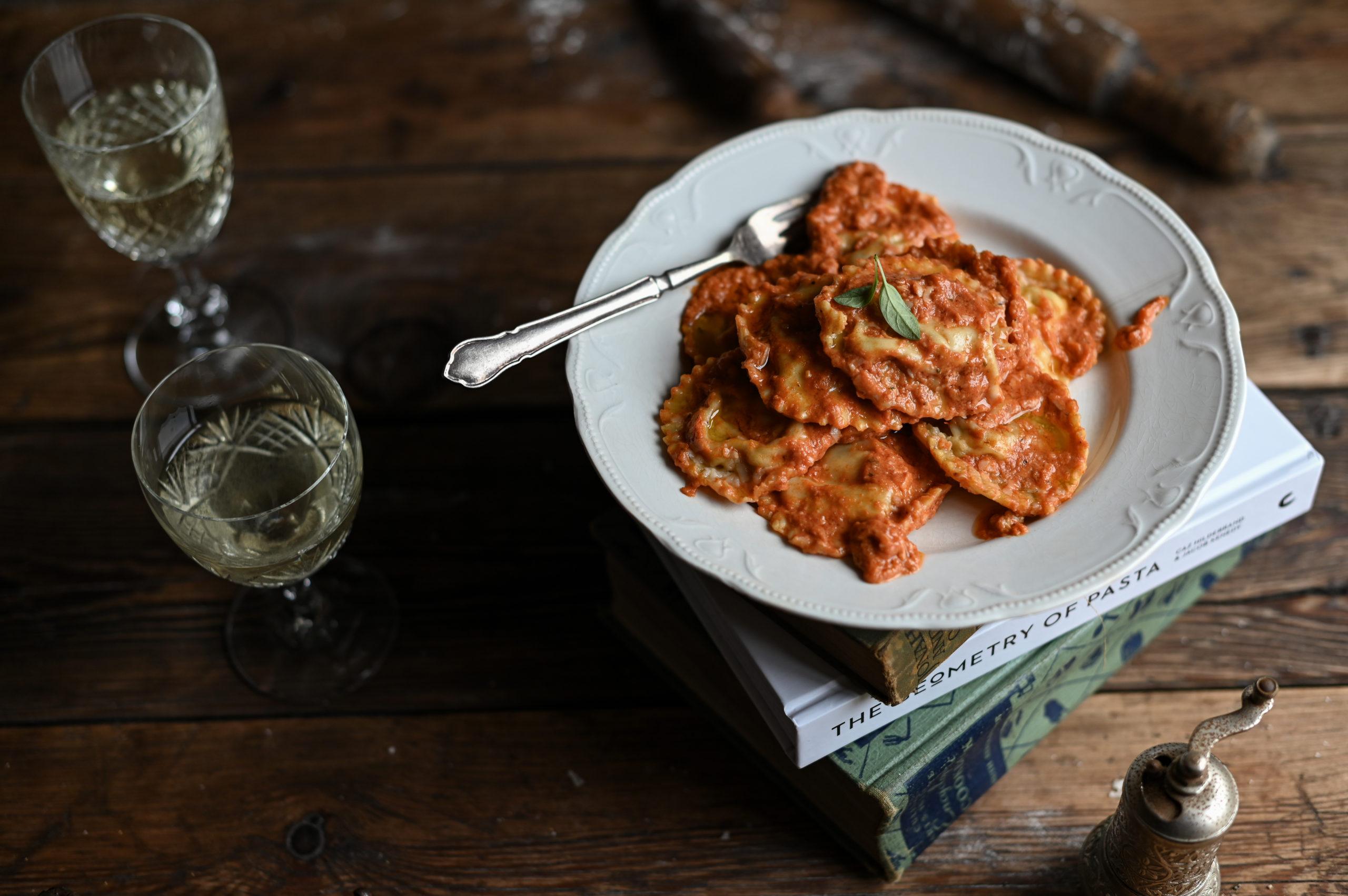 TUSCAN-STYLE RAVIOLI IN A CREAMY TOMATO SAUCE